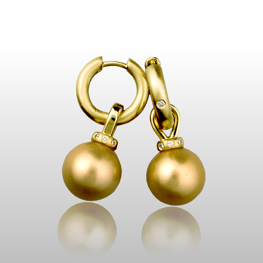 Golden South Pearl Earrings in 18k gold with diamonds by Pratima Design Fine Art Jewelry Maui, Hawaii