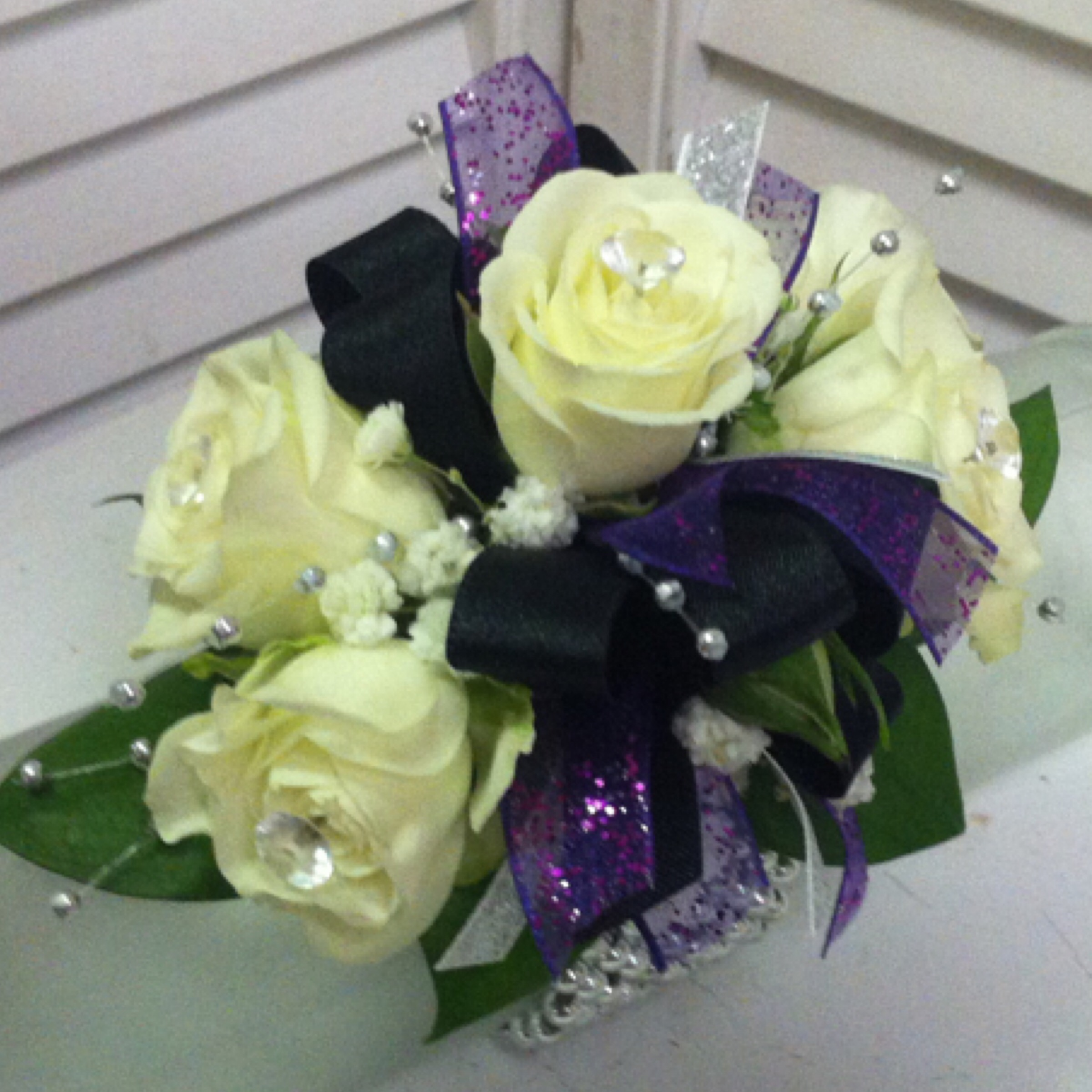 Standard Corsage (25) with Beads (1) $26