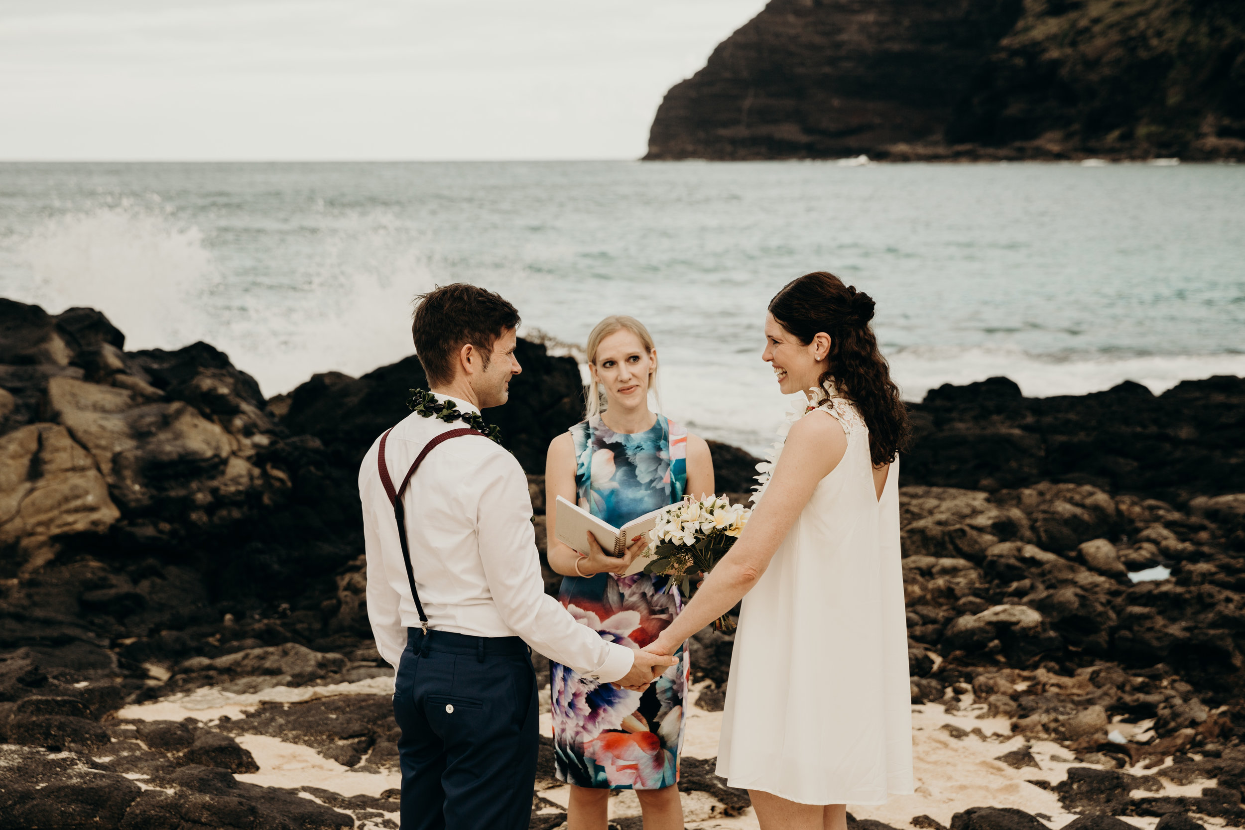hawaii-elopement-photographer-3.jpg
