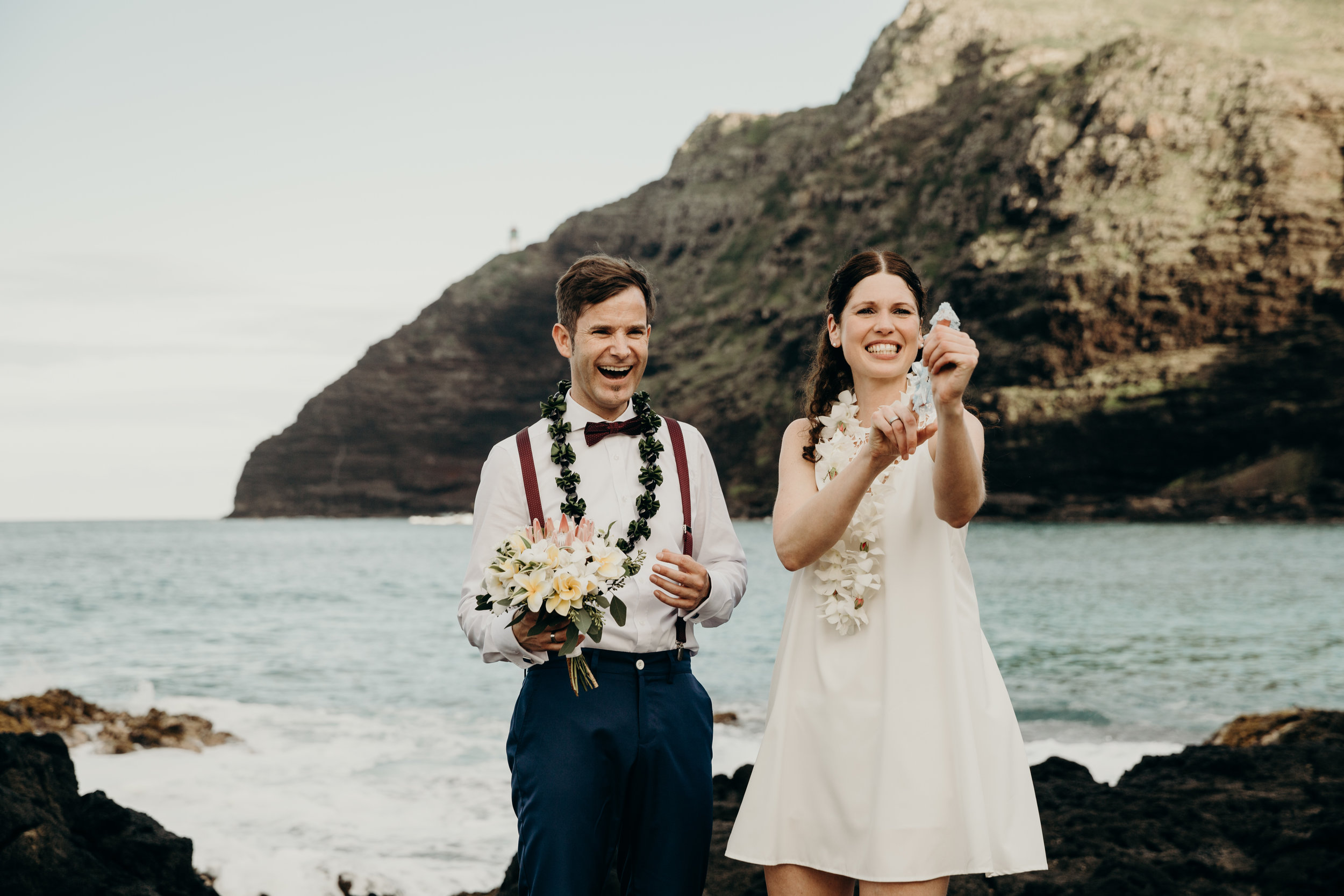 hawaii-elopement-photographer-11.jpg