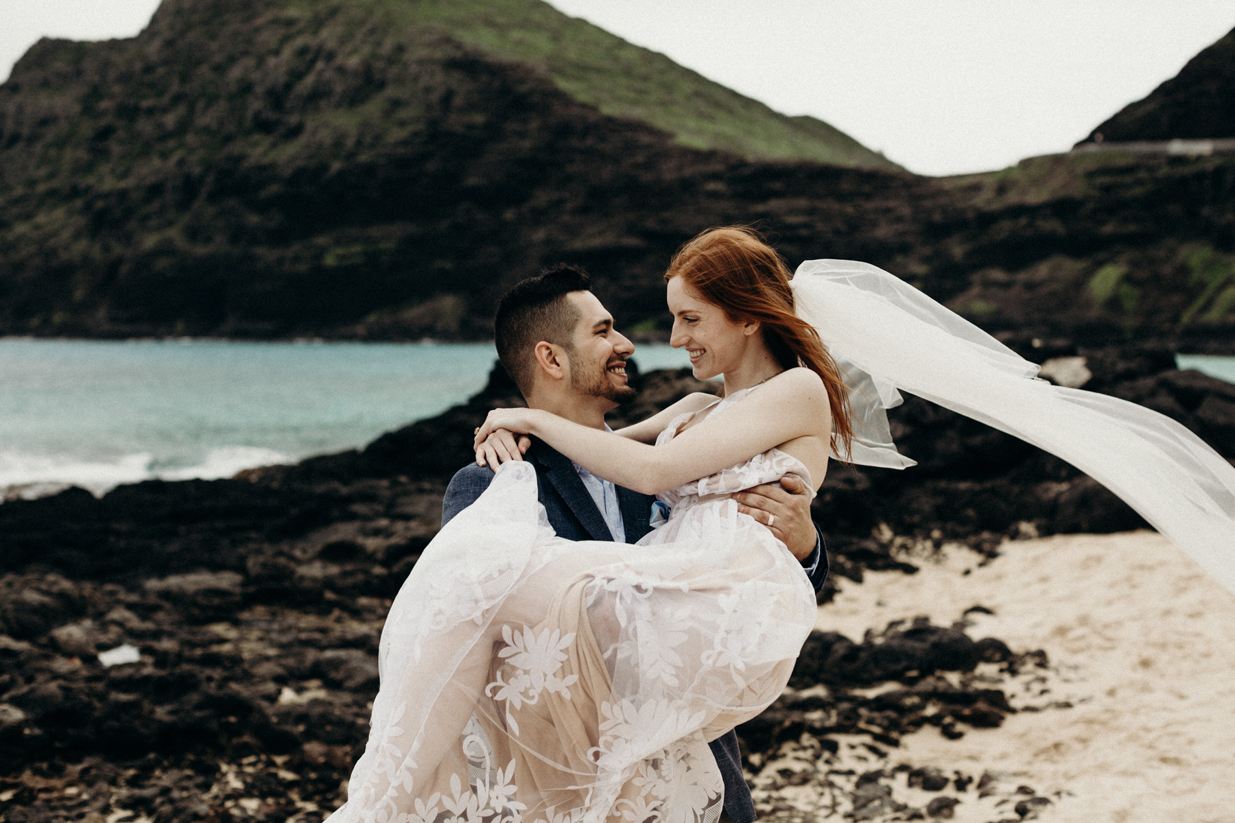 hawaii-wedding-photographer-keani-bakula-38.jpg