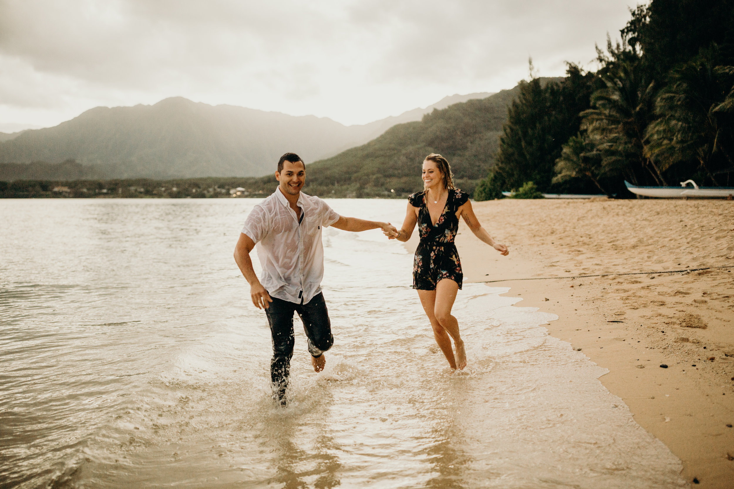 hawaii-engagement-photographer-keani-bakula-kualoa-ranch-42.jpg
