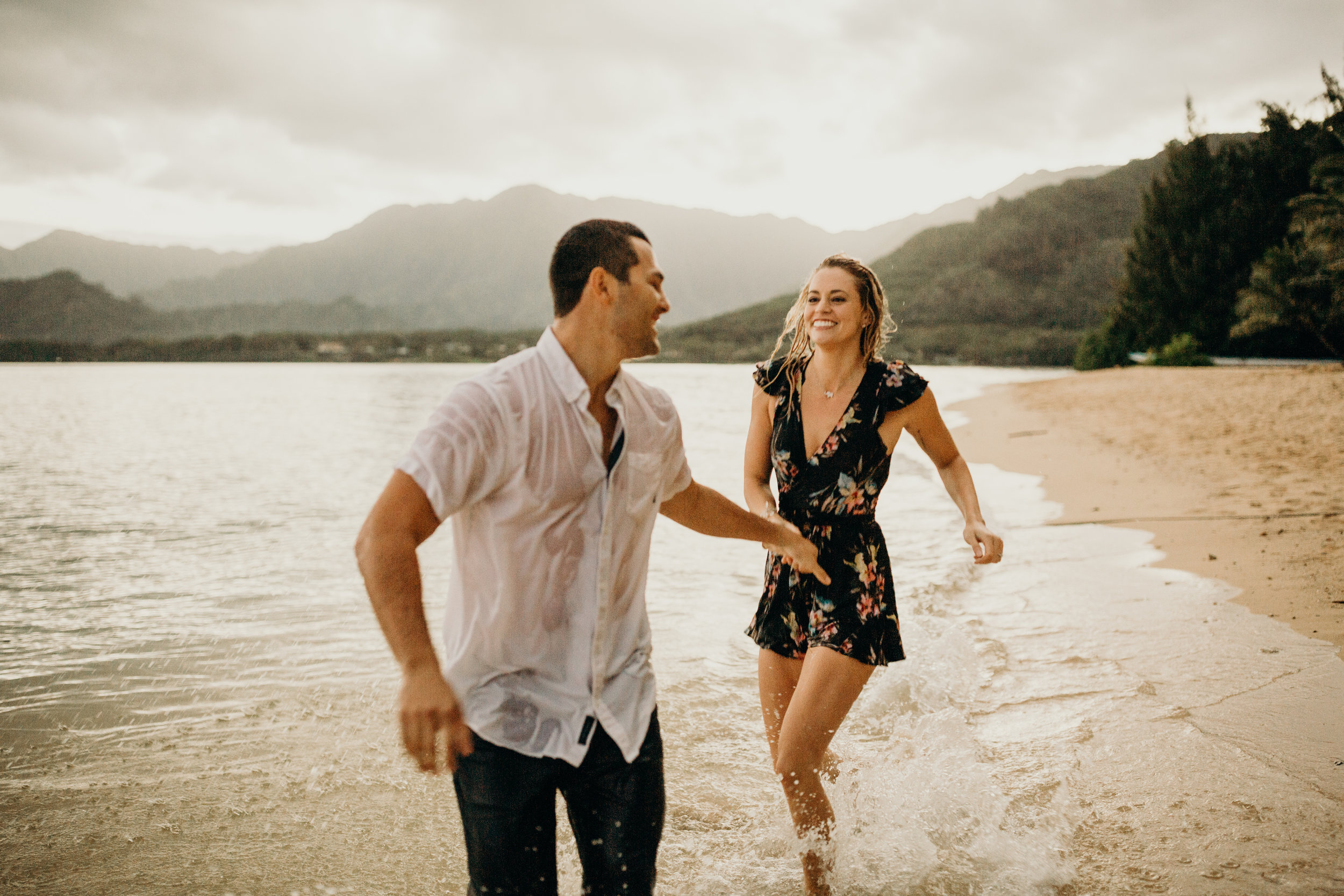 hawaii-engagement-photographer-keani-bakula-kualoa-ranch-43.jpg