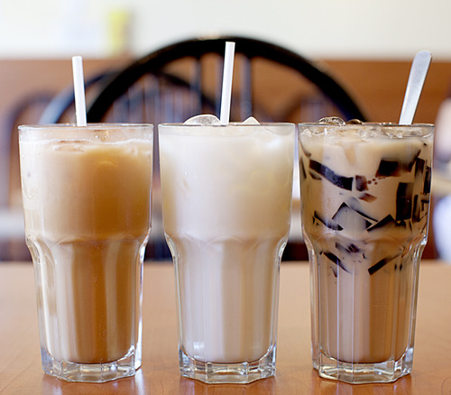 Left : Hong Kong Style Milk Tea   Middle : Cold Horlick    Right: Hong Kong Style Milk Tea with grass jelly