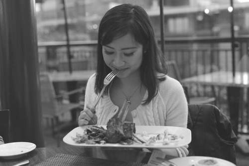 Have a happy eating! Tell me what you think of this place! :)  Renaissance Vancouver Hotel Harbourside   1133 West Hastings Street,   Vancouver, BC   V6E 3T3