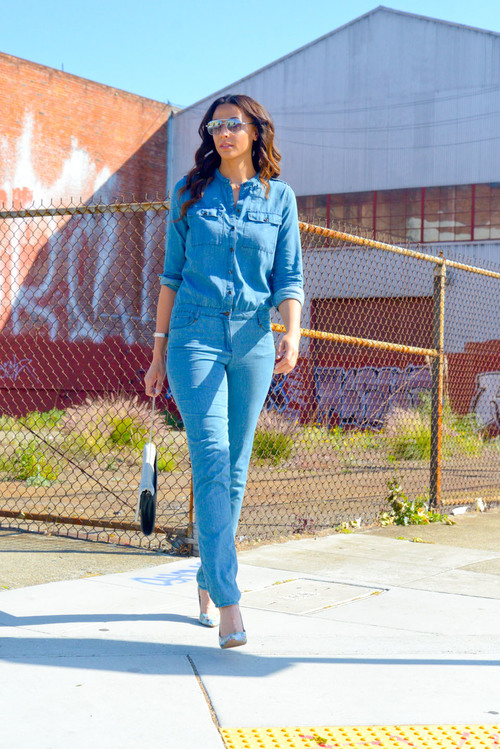 Jenni Denim Jumpsuit (shown in XL) - Alloy Apparel ( limited quantities .  See all Alloy TALL Jumpsuits HERE )/Pumps - Vince Camuto via Nordstrom (size 12)/Oversized Clutch and Shades - Target/Rings and Bracelet - Forever 21