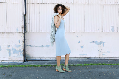 Alicia Jay Tall SWAG TallSWAG Poppy Barley Luxury Winter custom bespoke natural hair blog style fashion look slip dress ankle boot choker look of the day confidence 2.jpg