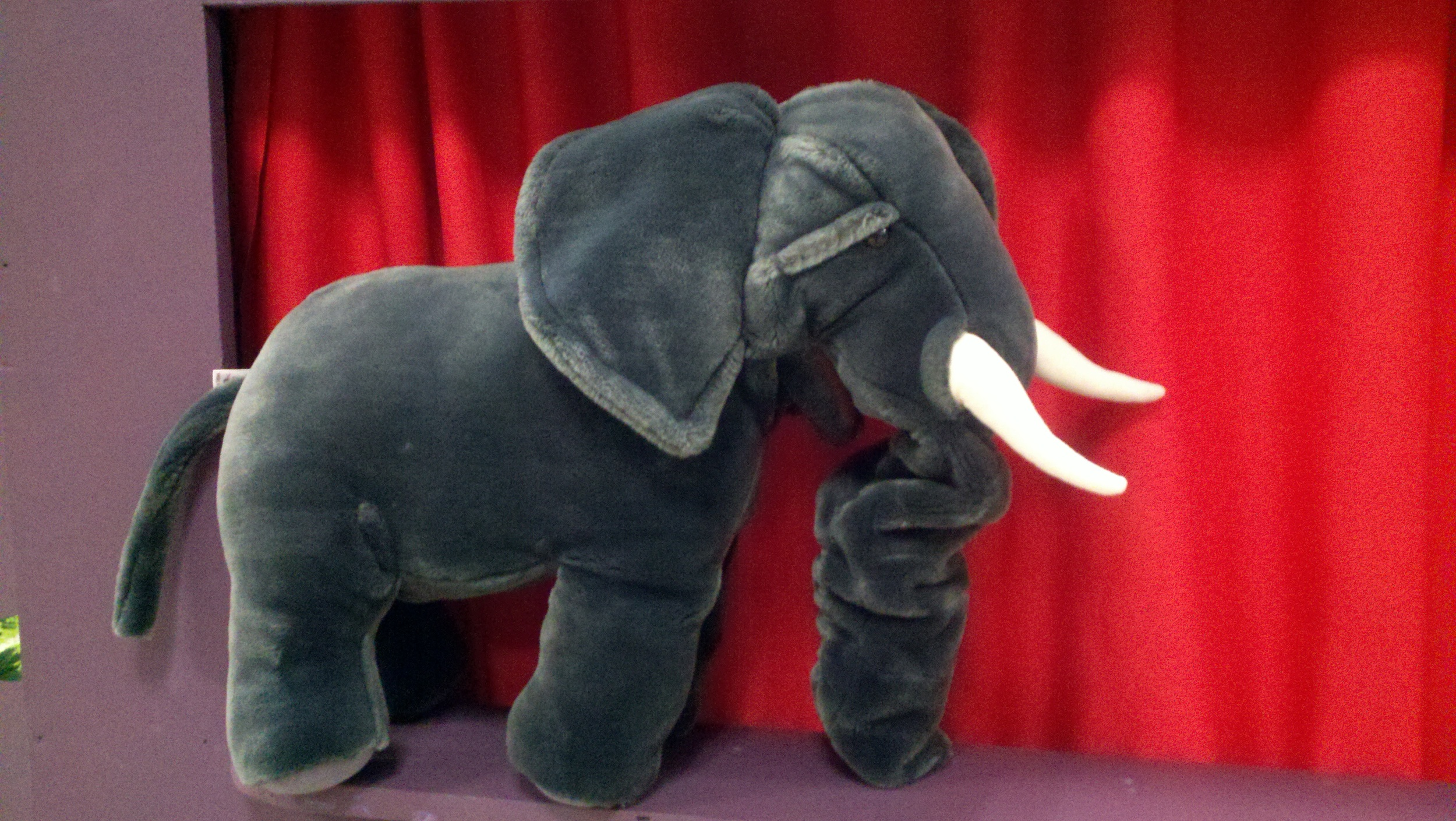 storytimeelephantpuppet