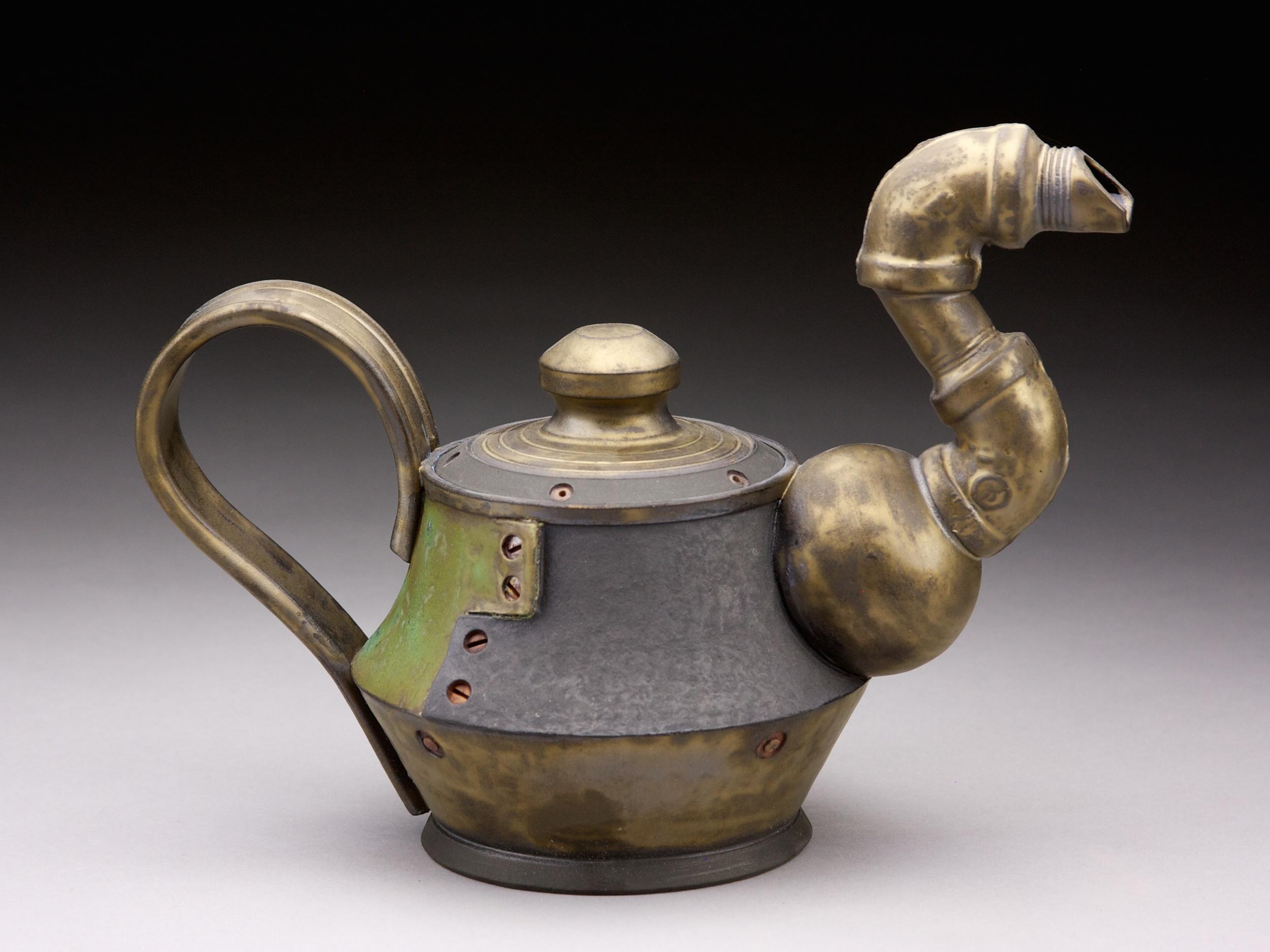 Andrew Massey Pipe Spout Teapot 1.jpg