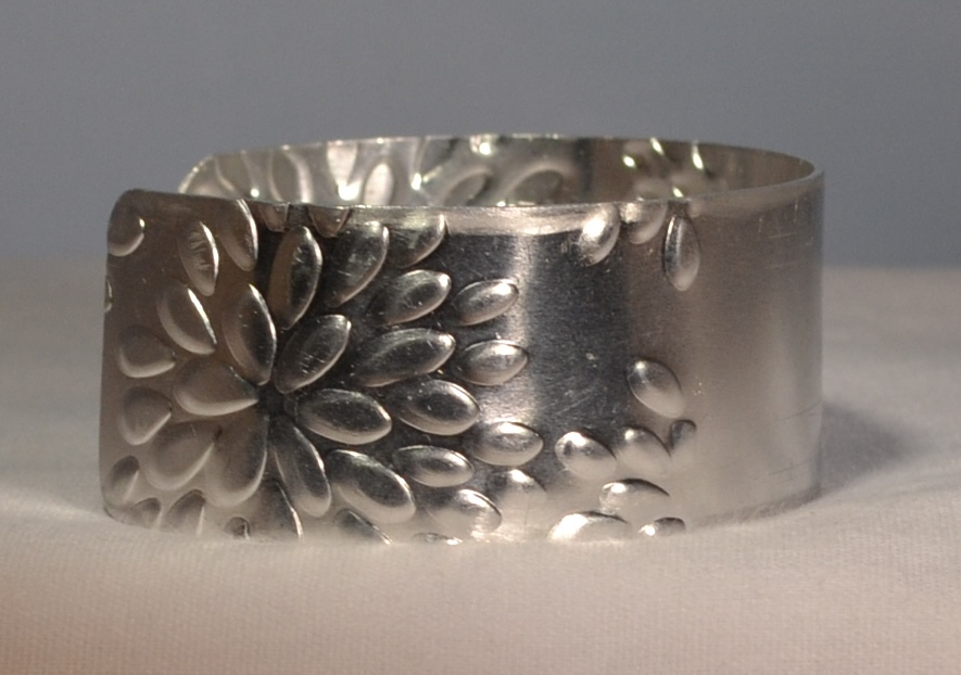 Cuff Bracelet - BLOOMIN'