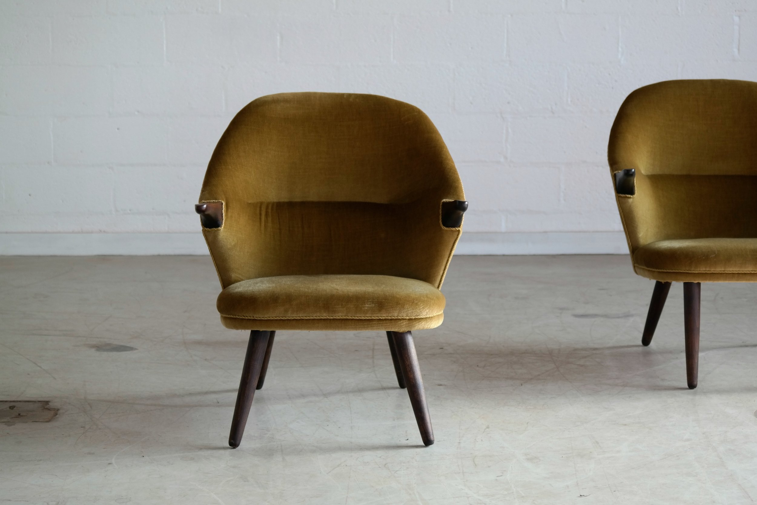 "Mid-Century Pair of Hans Wegner Style ""Mama Bear"" Easy Chairs by Colviggaard"