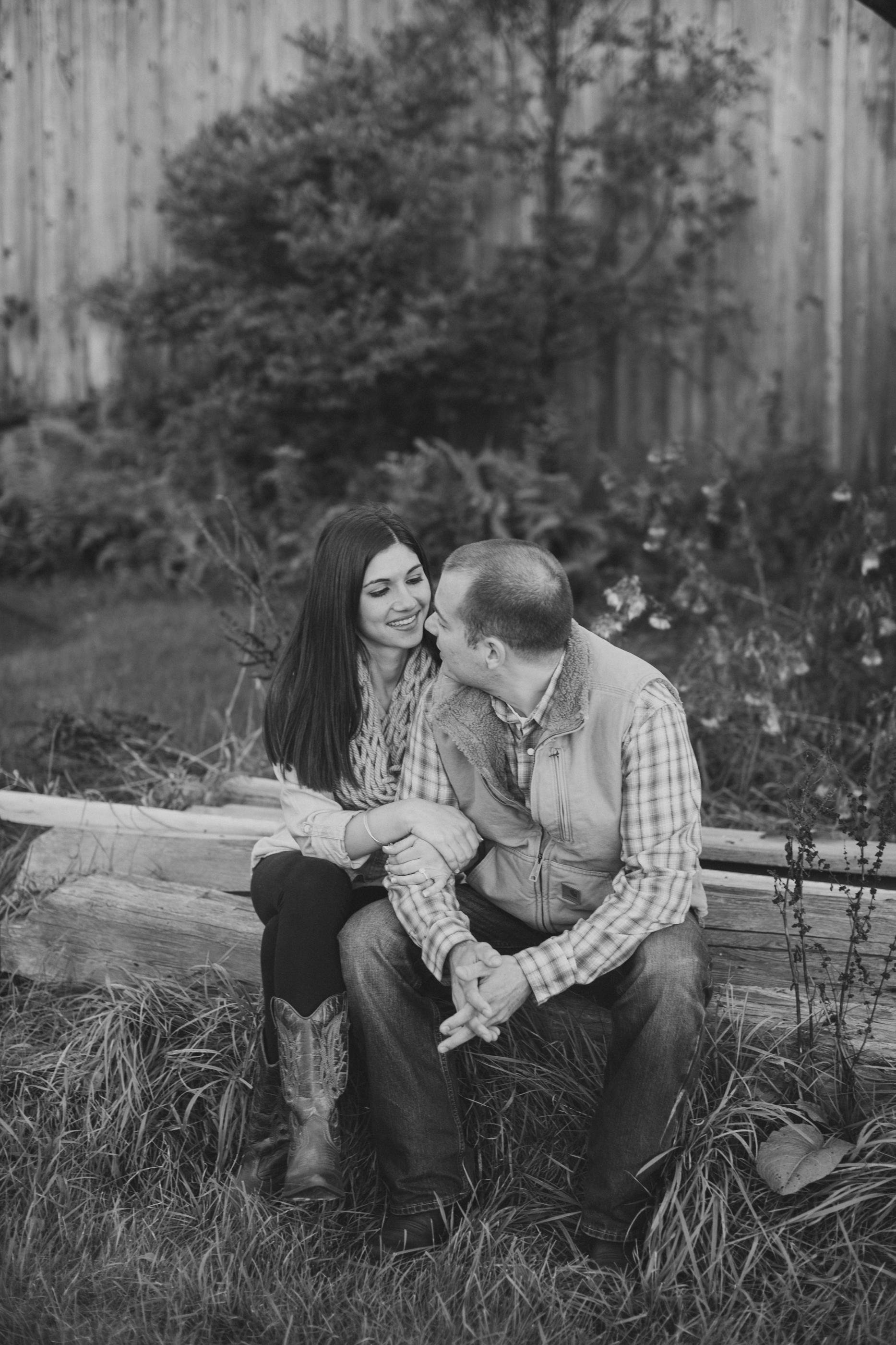 Rustic Scranton PA Engagement Session Photographers_JDP-17.jpg