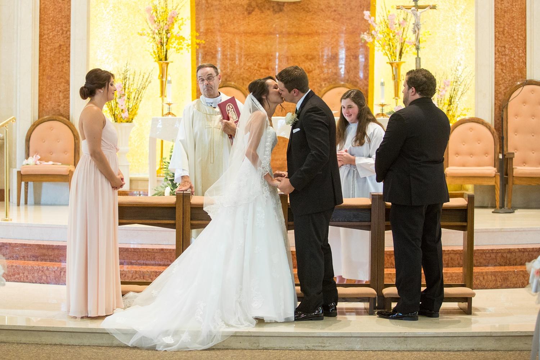 Fiorellis Peckville PA Wedding_0029.jpg