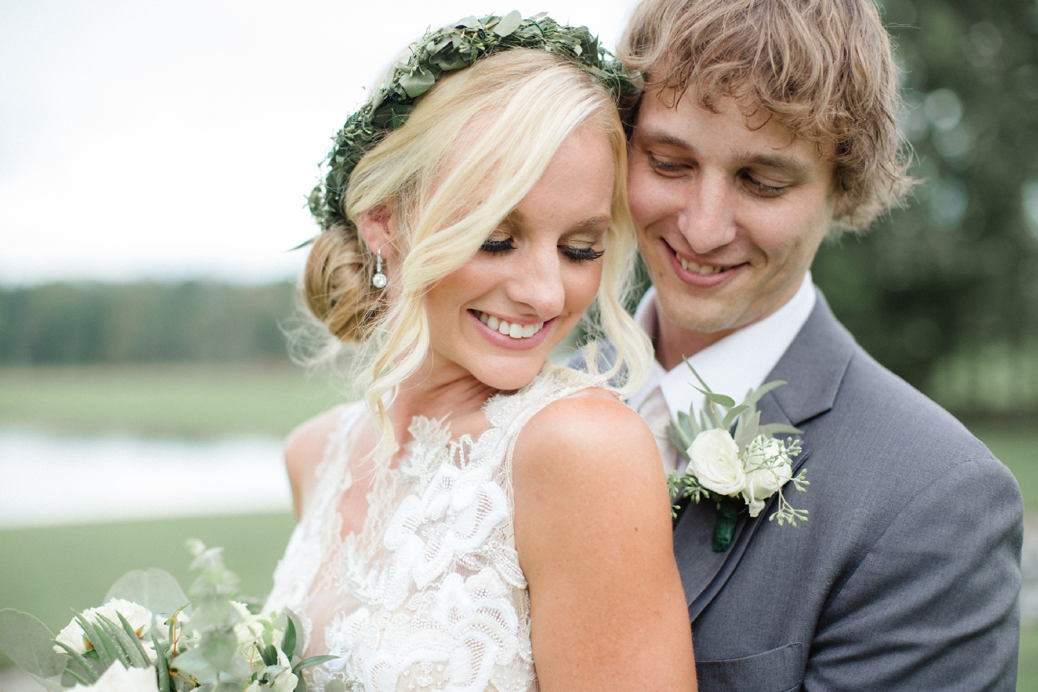 A Barn at Glistening Pond wedding photographed by Jordan DeNike Photography