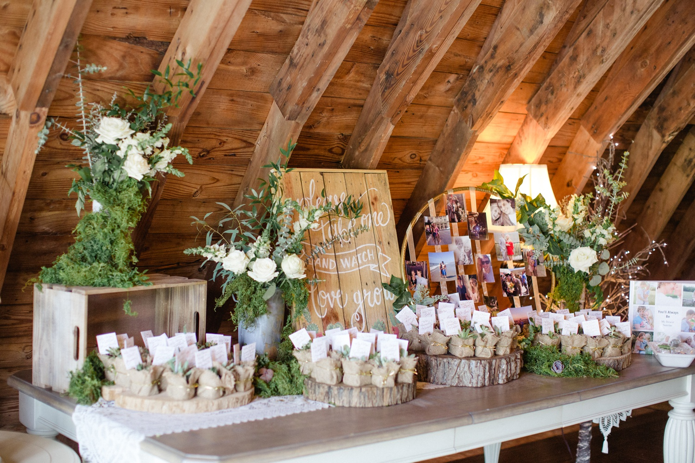 The Barn at Glistening Pond Wedding_0111.jpg