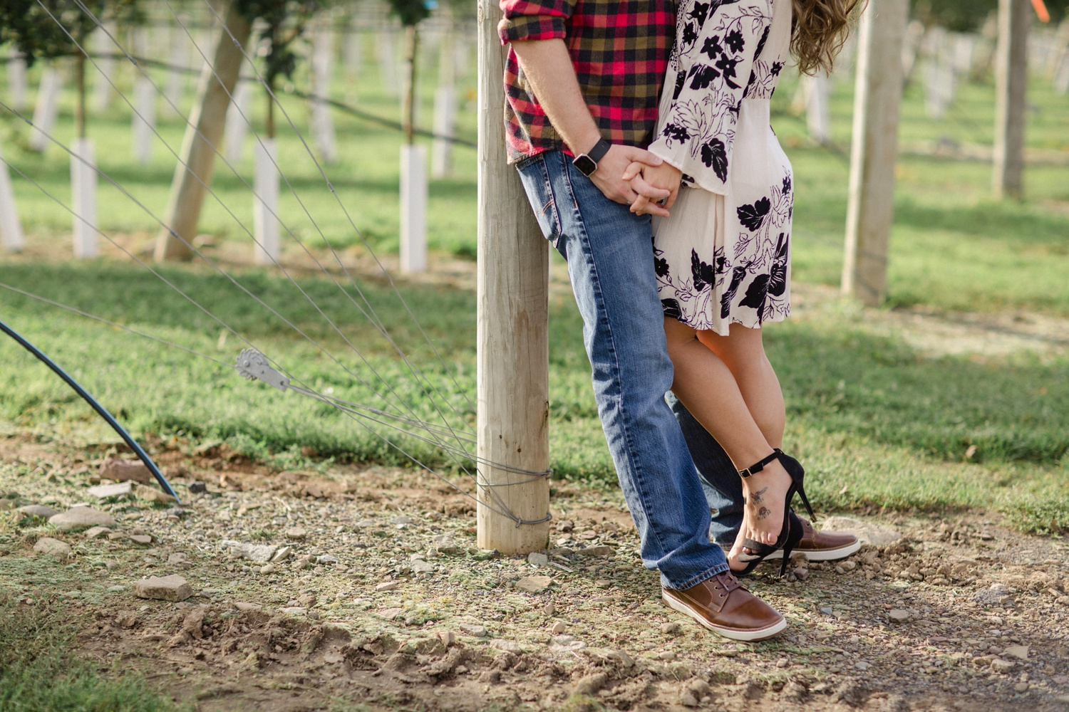 Roba's Apple Orchard Engagement Session_0023.jpg