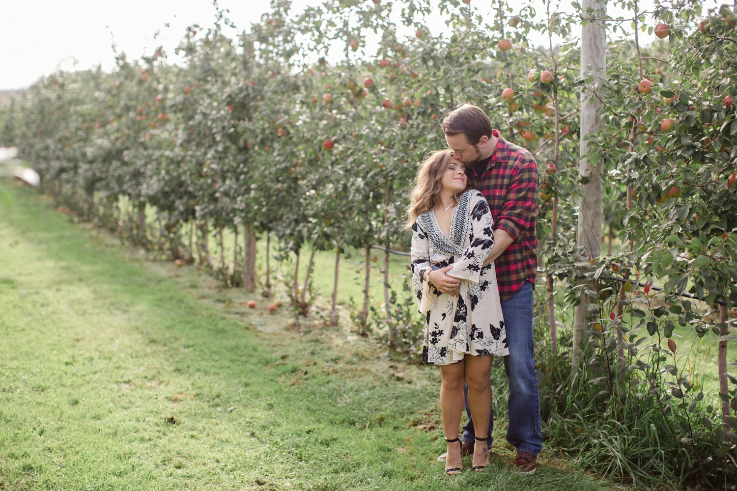 Roba's Apple Orchard Engagement Session_0012.jpg