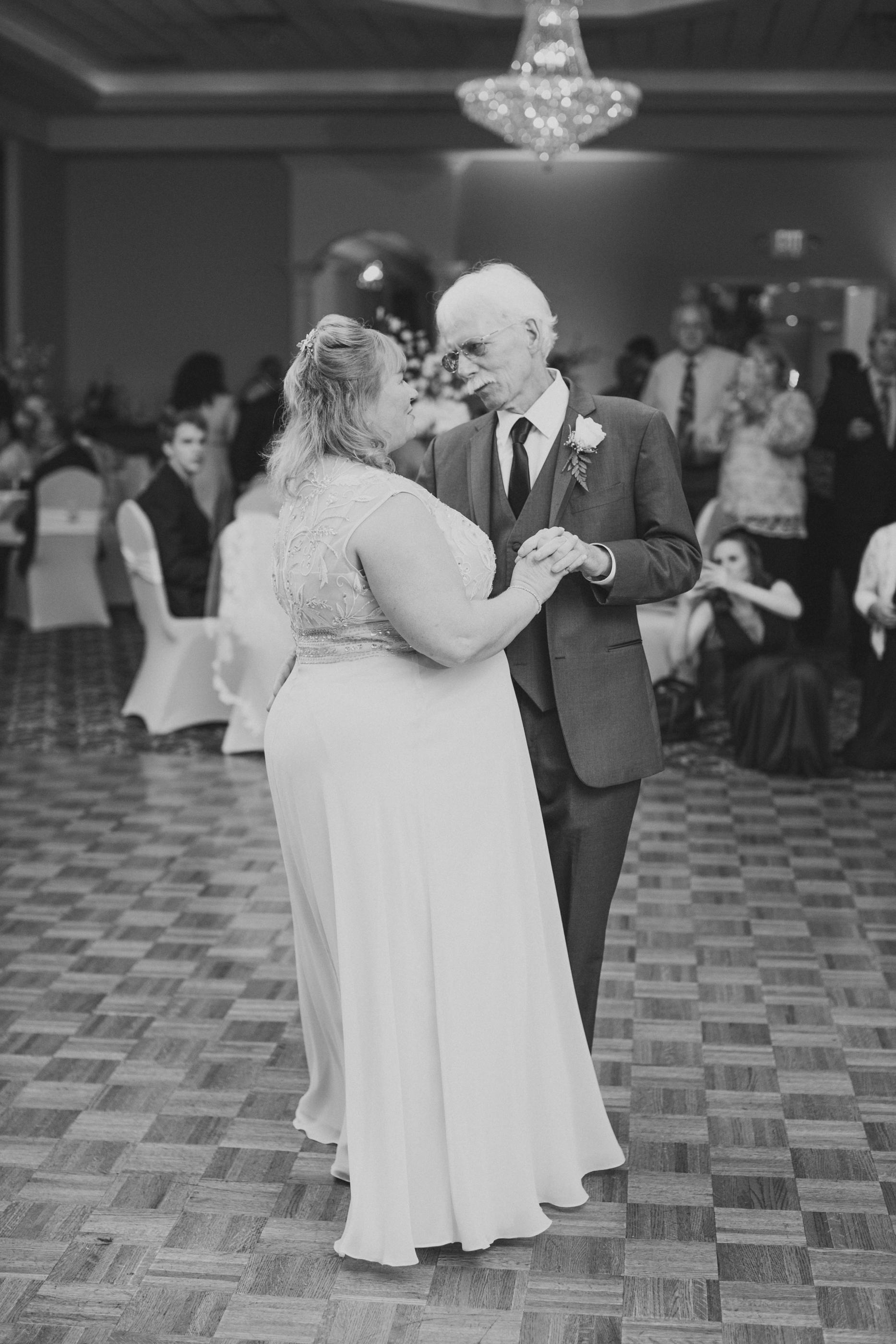 Fiorellis Wedding Photos_JDP-163.jpg