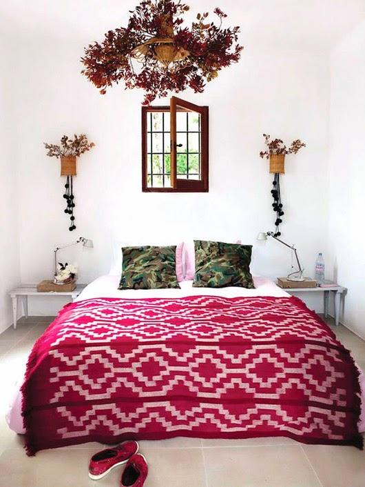 pink-red-bedspread.jpg