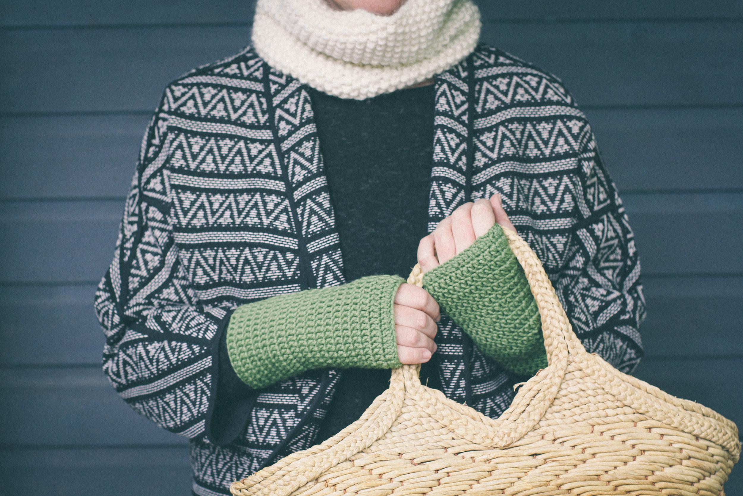Forest Green Wristwarmers by carolyn carter