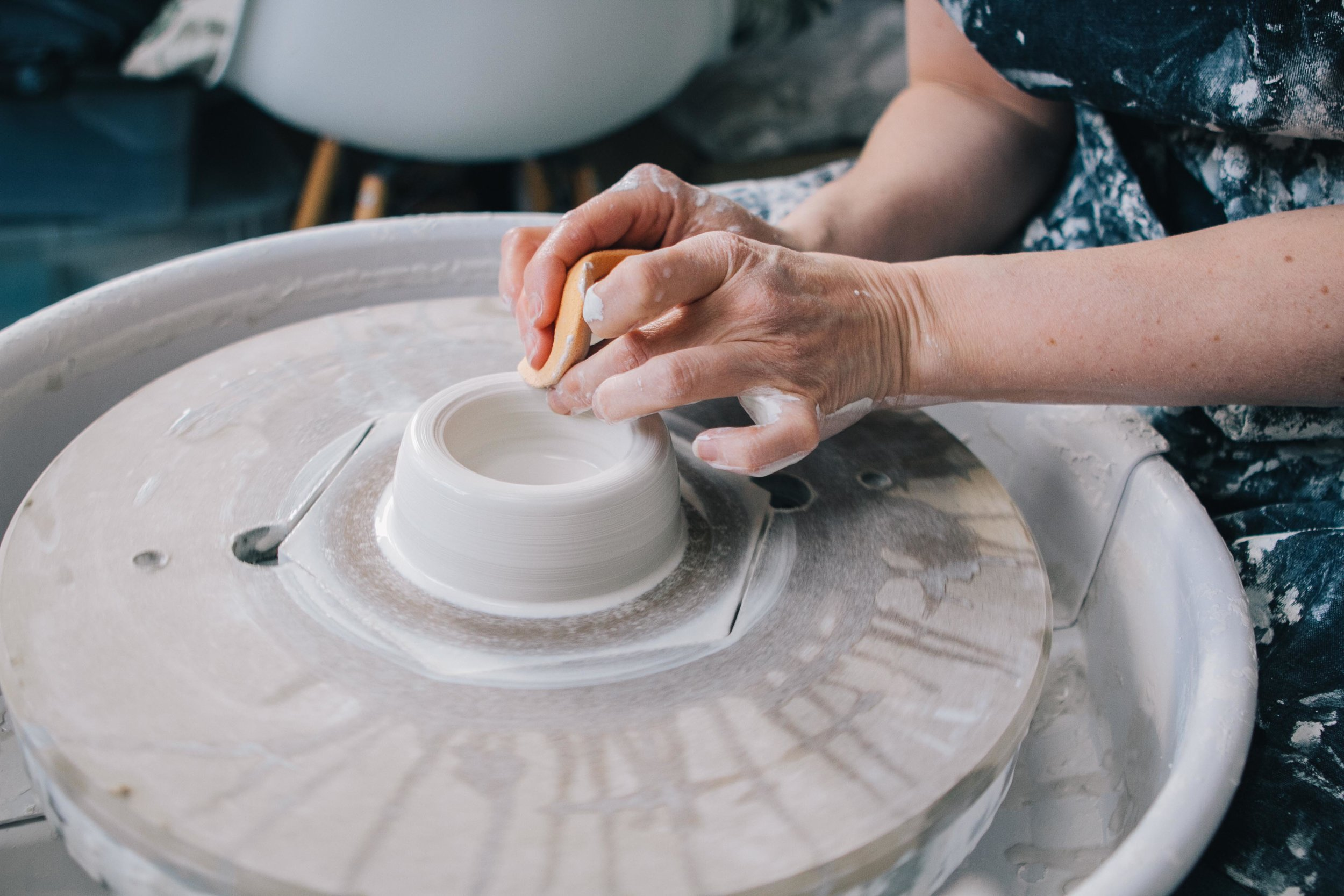 Katie Robins | Ceramic Studio - Carolyn Carter Photography
