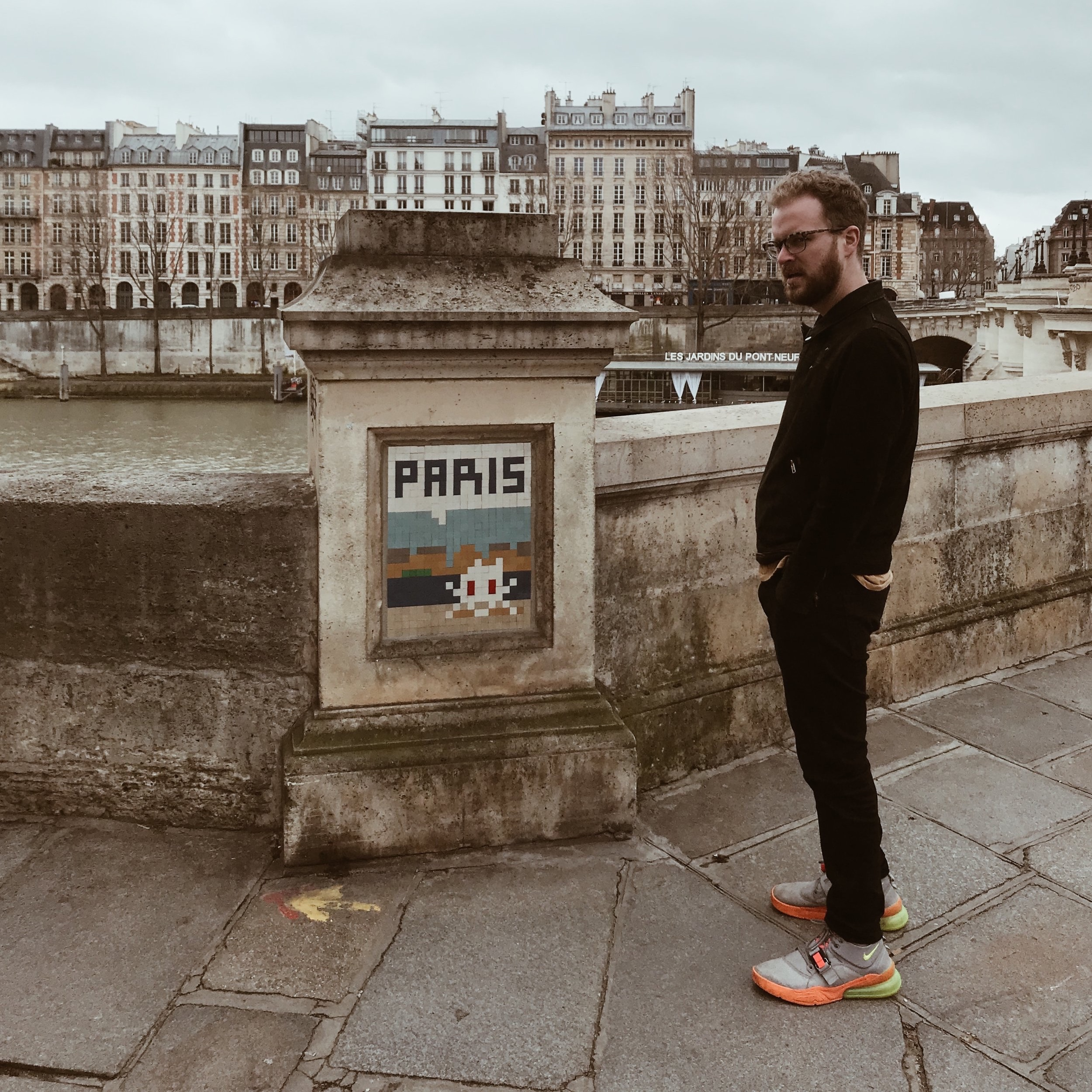 To See (free) / à Voir (libre) - Invader - What's invader? It's the pseudonym of a French urban artist, whose work is modeled on retro 8-bit video games… and they're EVERYWHERE in Paris. Invader works incognito, often masked and largely at night. Using the