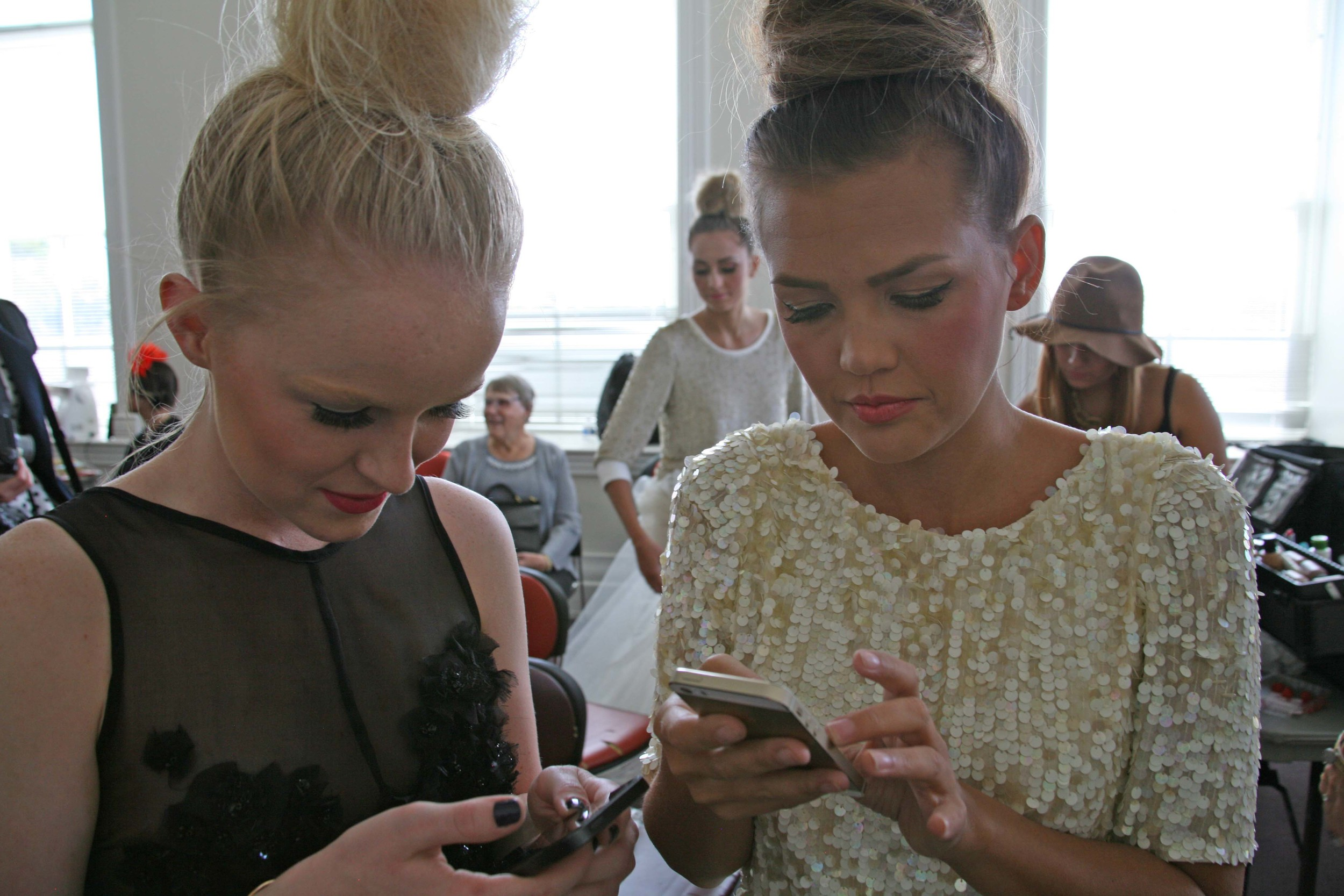 There was a lot of social media & photo sharing going on!  Mercedes & Blogger Kristin Davis   // Photo by: ME
