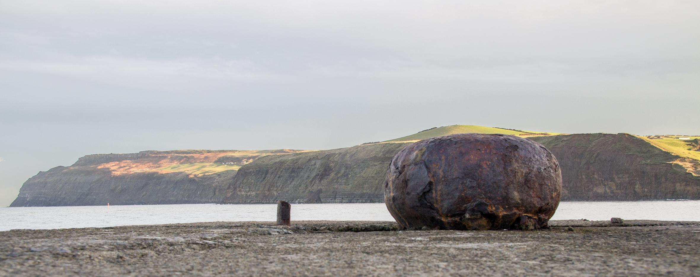 Skinningrove - late sunlight on the cliffs