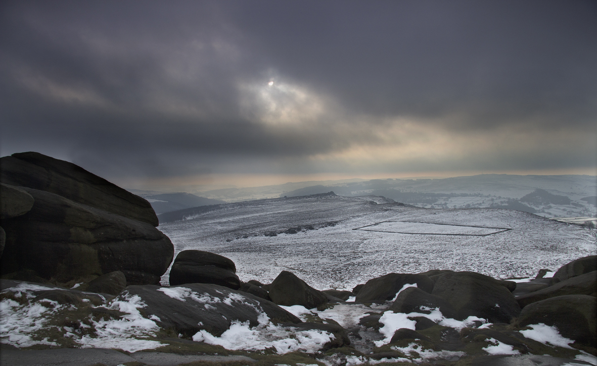 Higger Tor - gathering clouds hide the sun