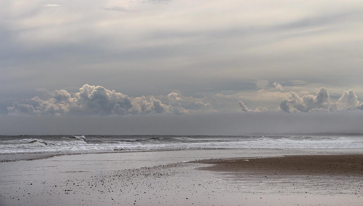 Cloud at sea