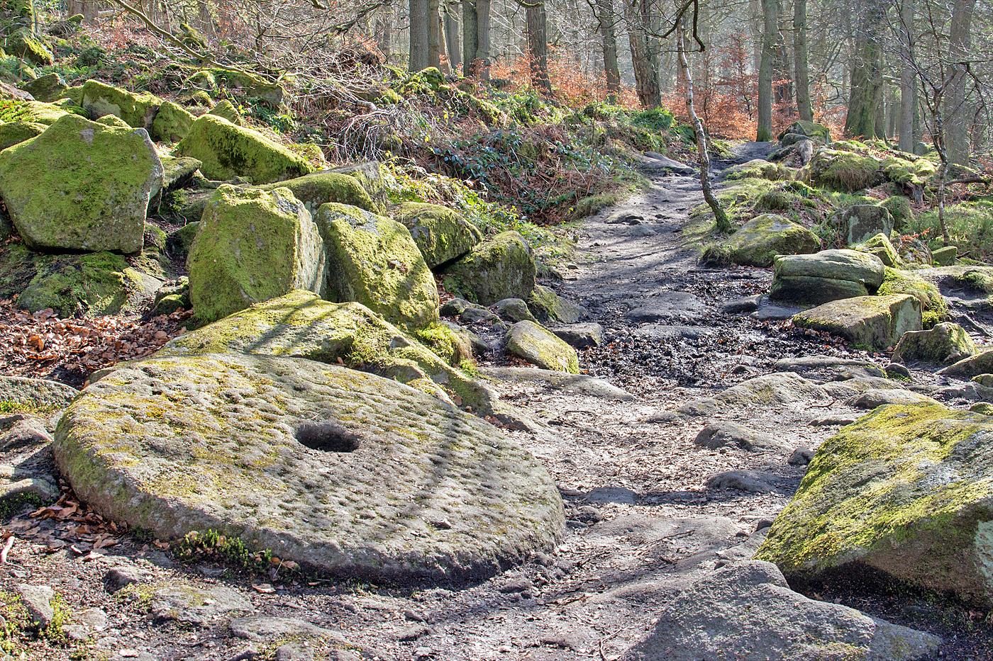Millstone: Padley Gorge