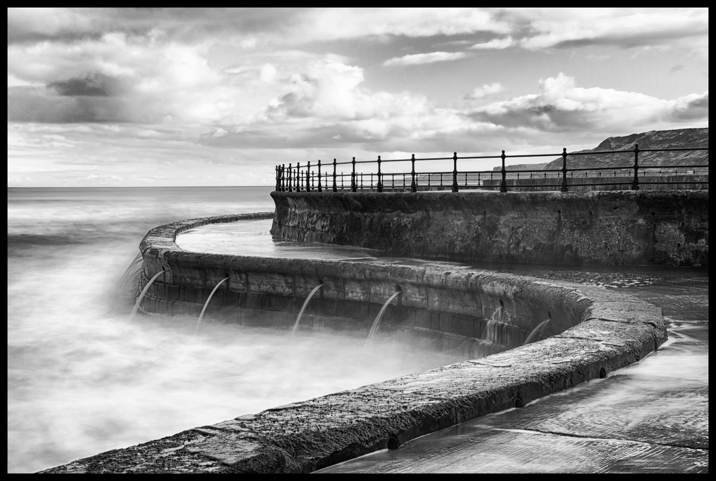 HIgh Tide Scarborough Lido