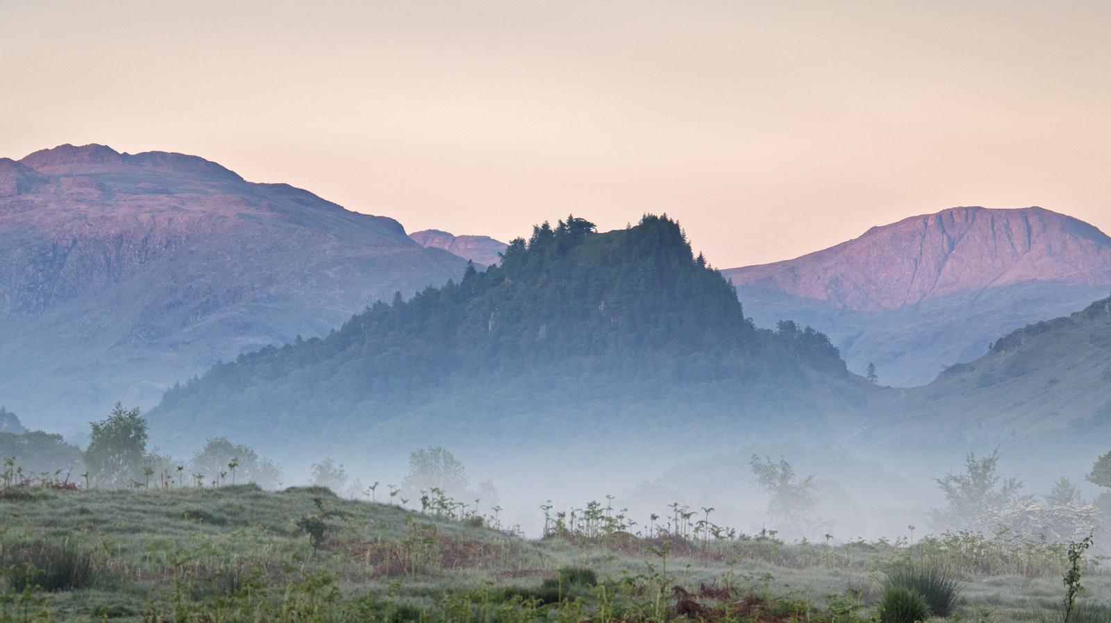 Castle Crag dawn