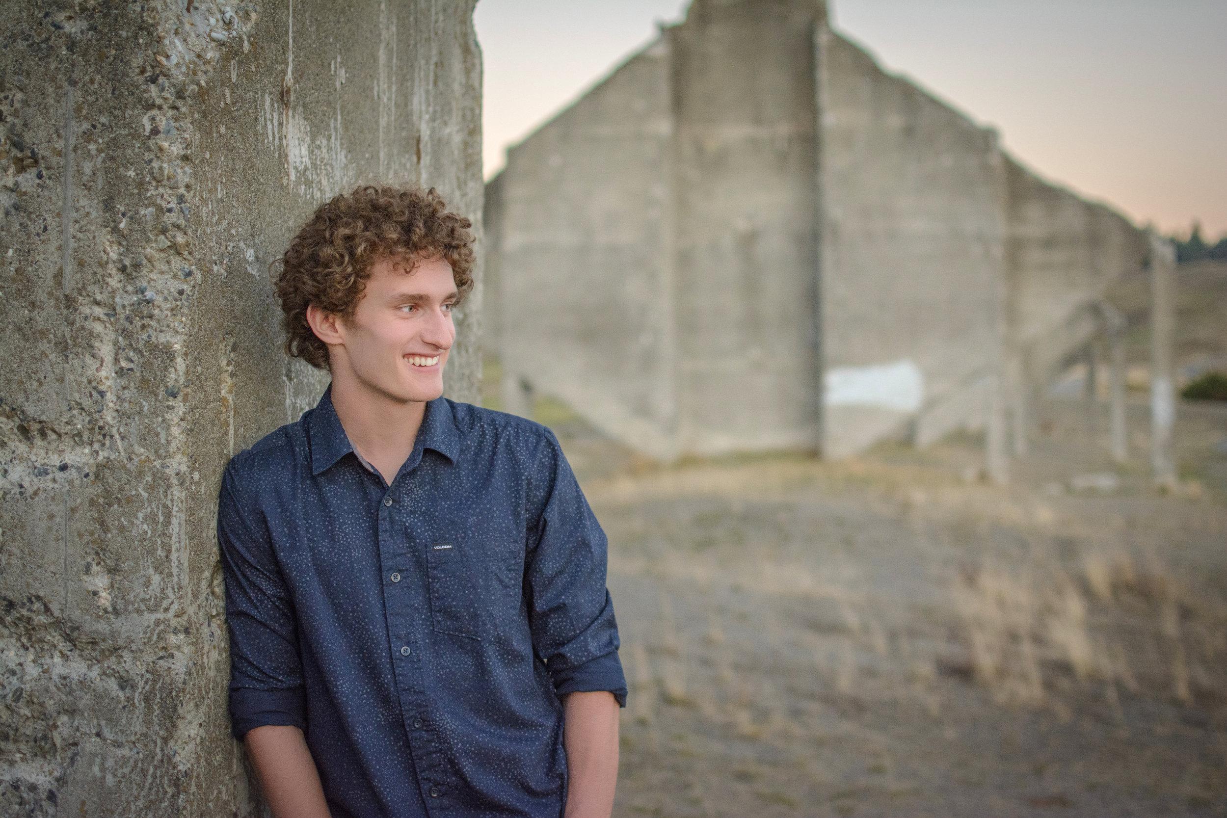 Alex Beloate - Senior Photo - Chambers Bay - Tacoma