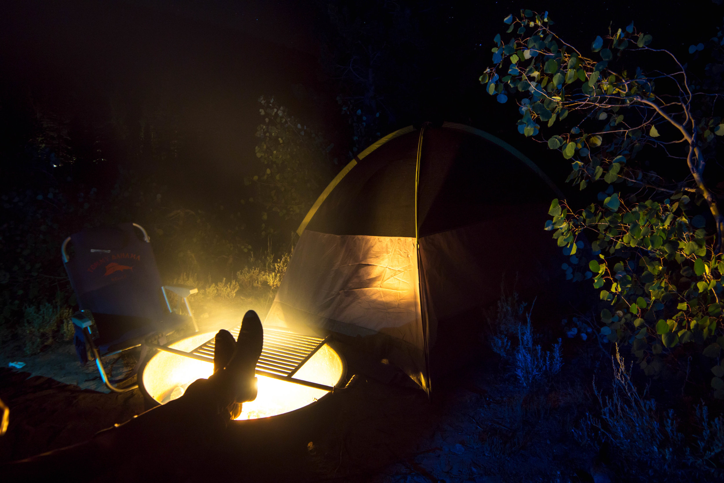 We put our feet up, exchanging stories & listening to the sounds of critters rustling around our camp, cloaked in the shadowy night.
