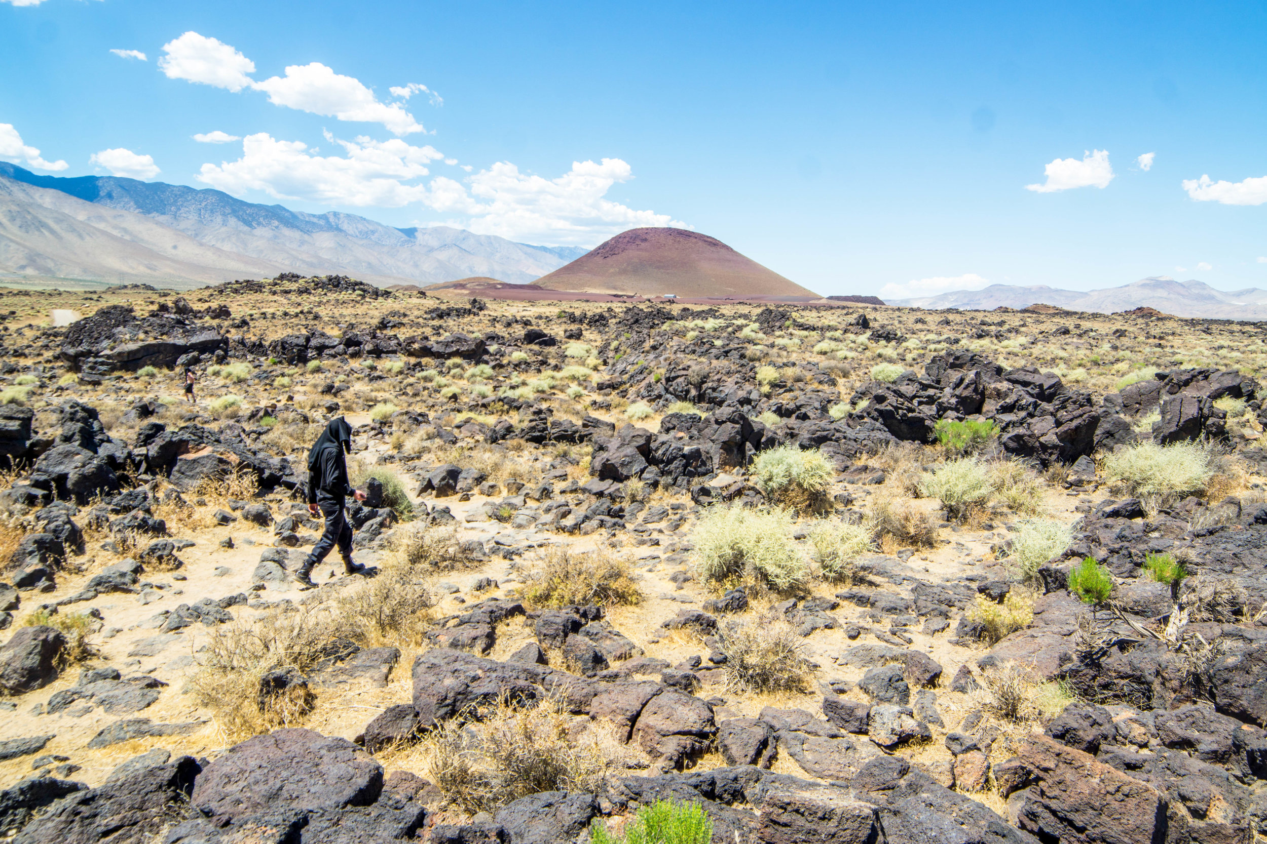 The mars red cinder cone rises above the lava rock, offering one final grand view on our walk back to the car. Until next time comrades! Thanks for tagging along on our misadventure.