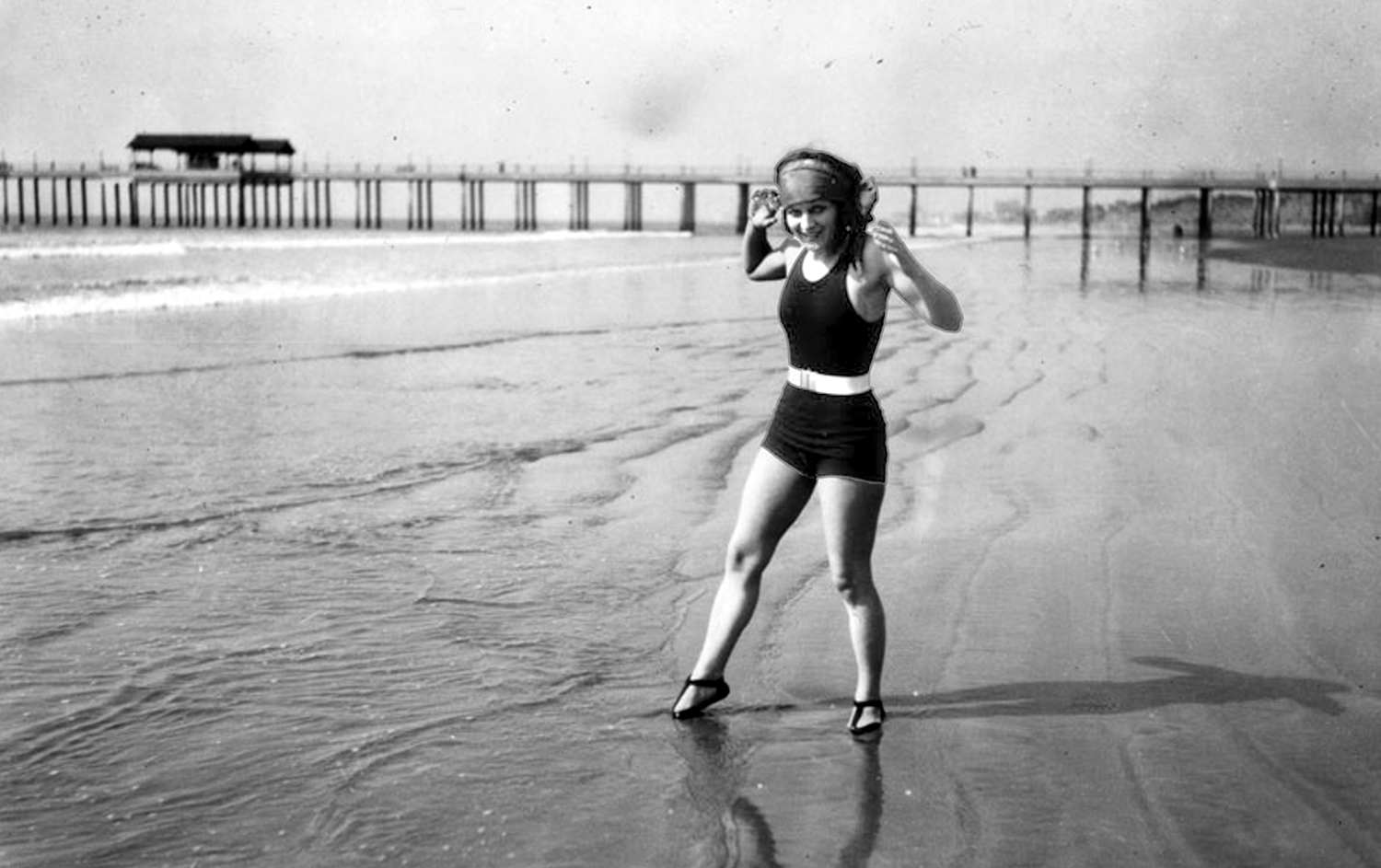 Summer travel to Los Angeles benefited from a new belief in the revitalizing power of summer sunlight. Pale complexions were on the way out; tans were in, and swimsuits in the 1920s began to show more and more skin. Photograph courtesy of Security Pacific National Bank Collection, Los Angeles Public Library