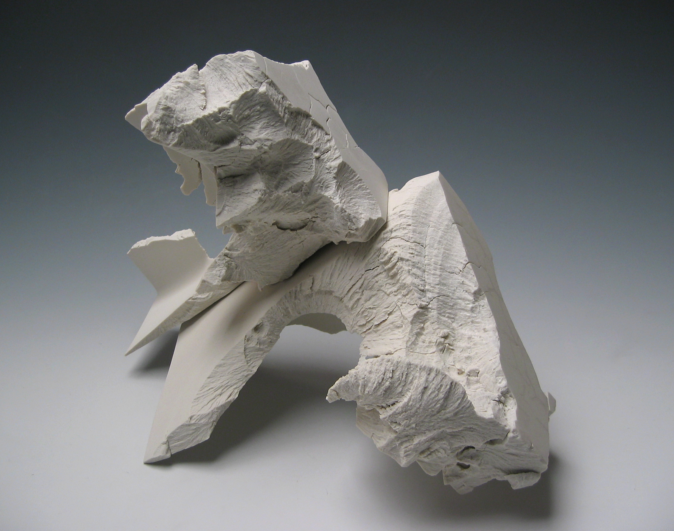 solid-cast porcelain   Solid-cast porcelain