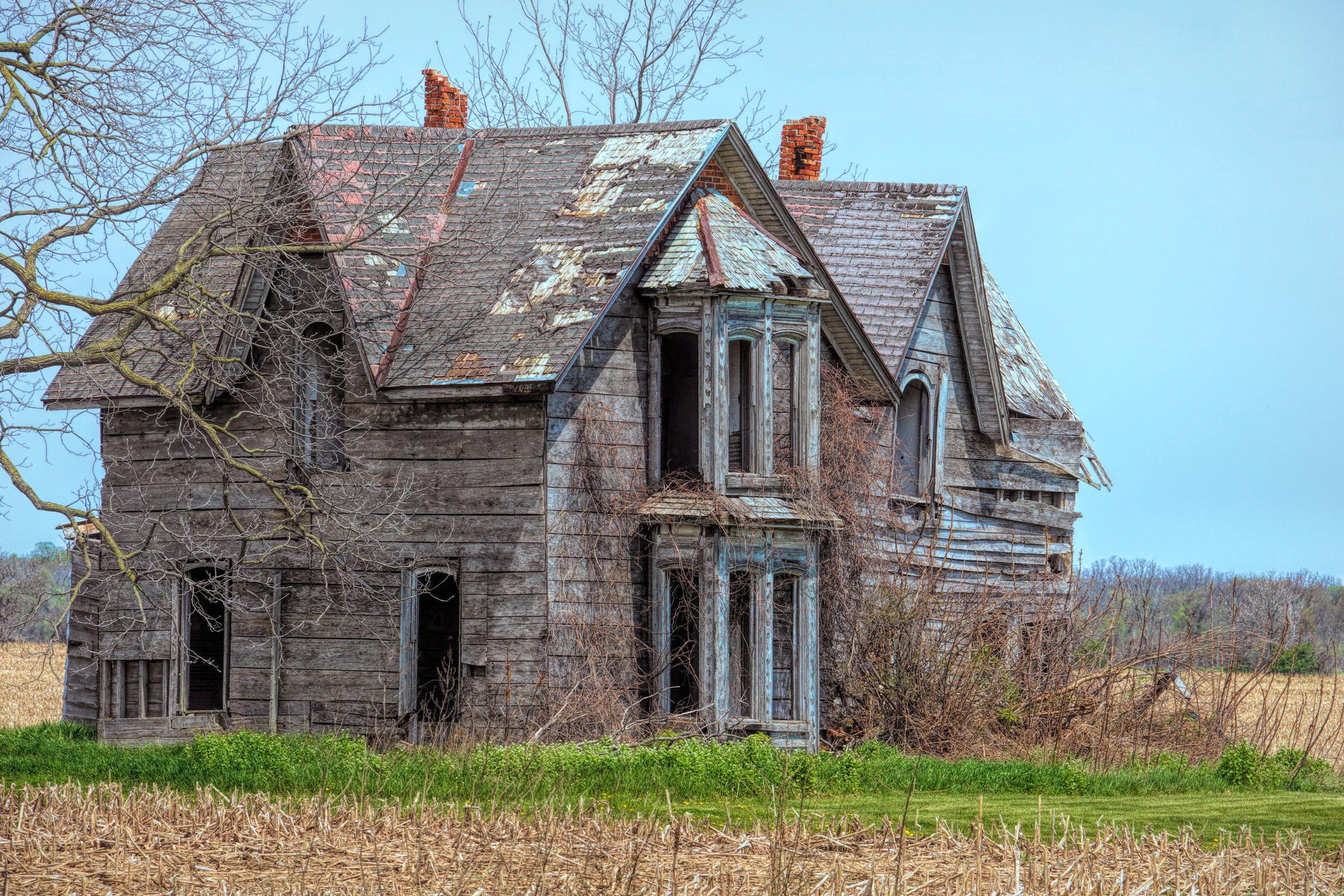 old delapidated house 1.jpg