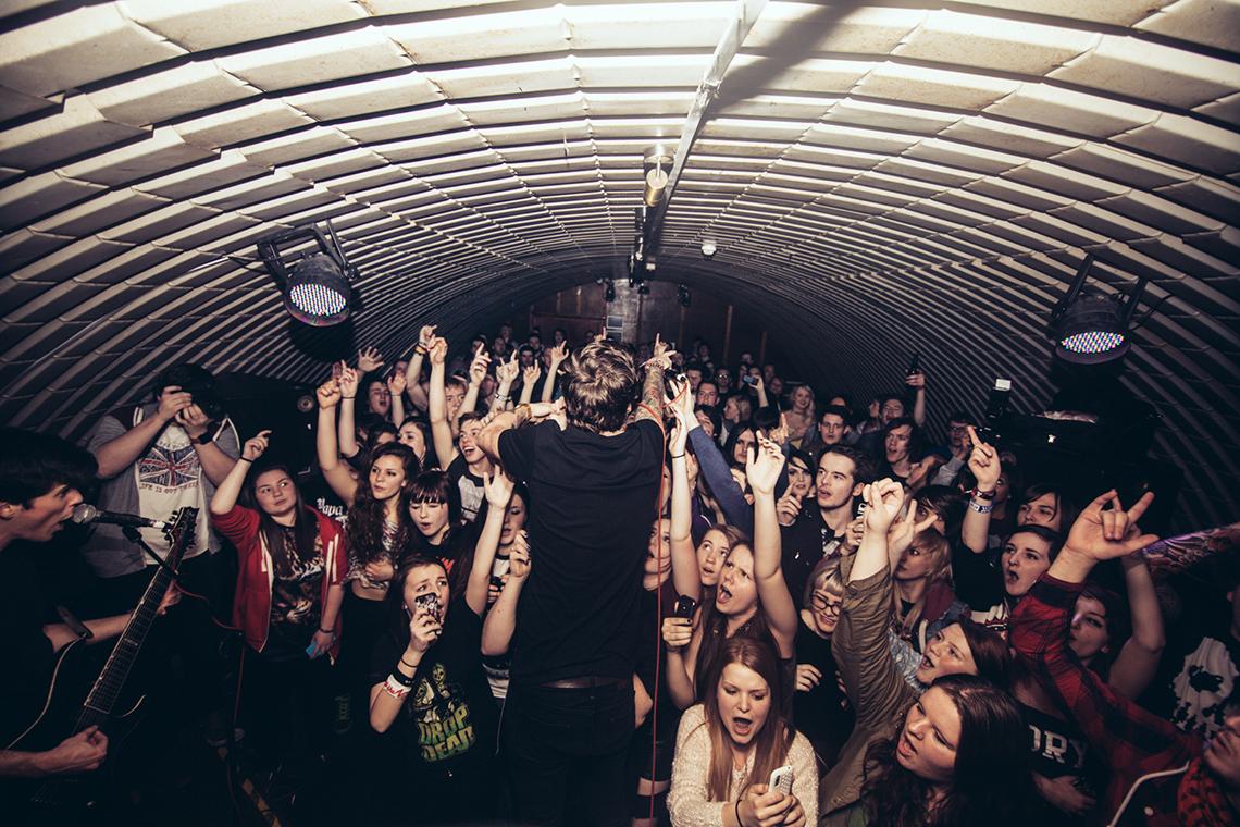 Our-Last-Night-2014-Leeds-UK-by-Matty-Vogel-04.jpg