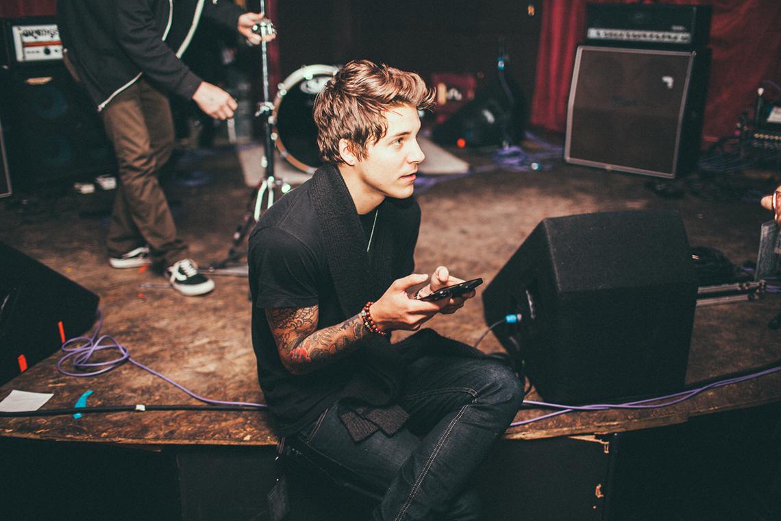 Our-Last-Night-2014-Newcastle-UK-by-Matty-Vogel-09.jpg
