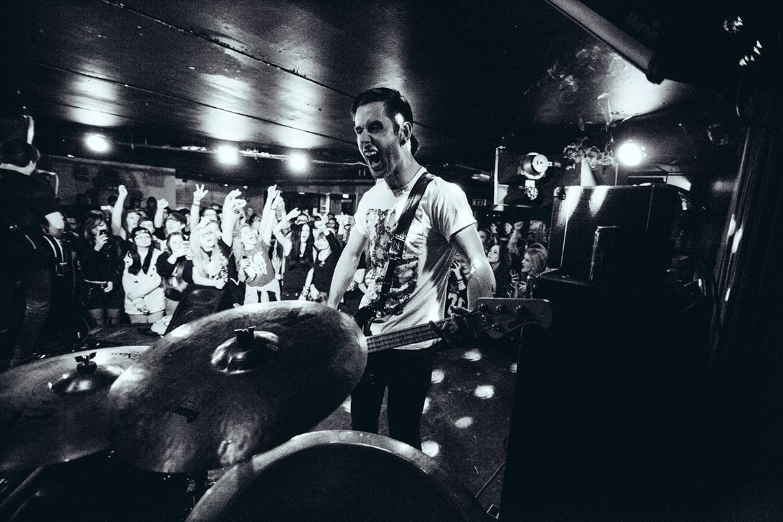 Our-Last-Night-2014-Newcastle-UK-by-Matty-Vogel-32.jpg