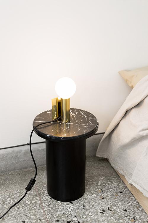Maku Table Lamp 001-1.jpg