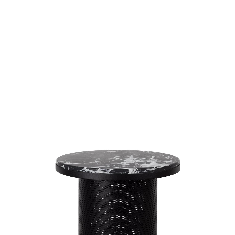 Pedestal table - black 3.jpg