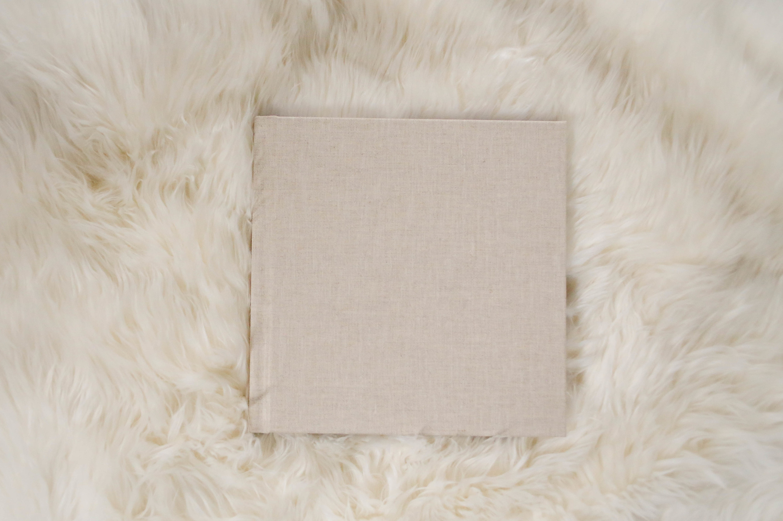 100% Cotton linen album cover.