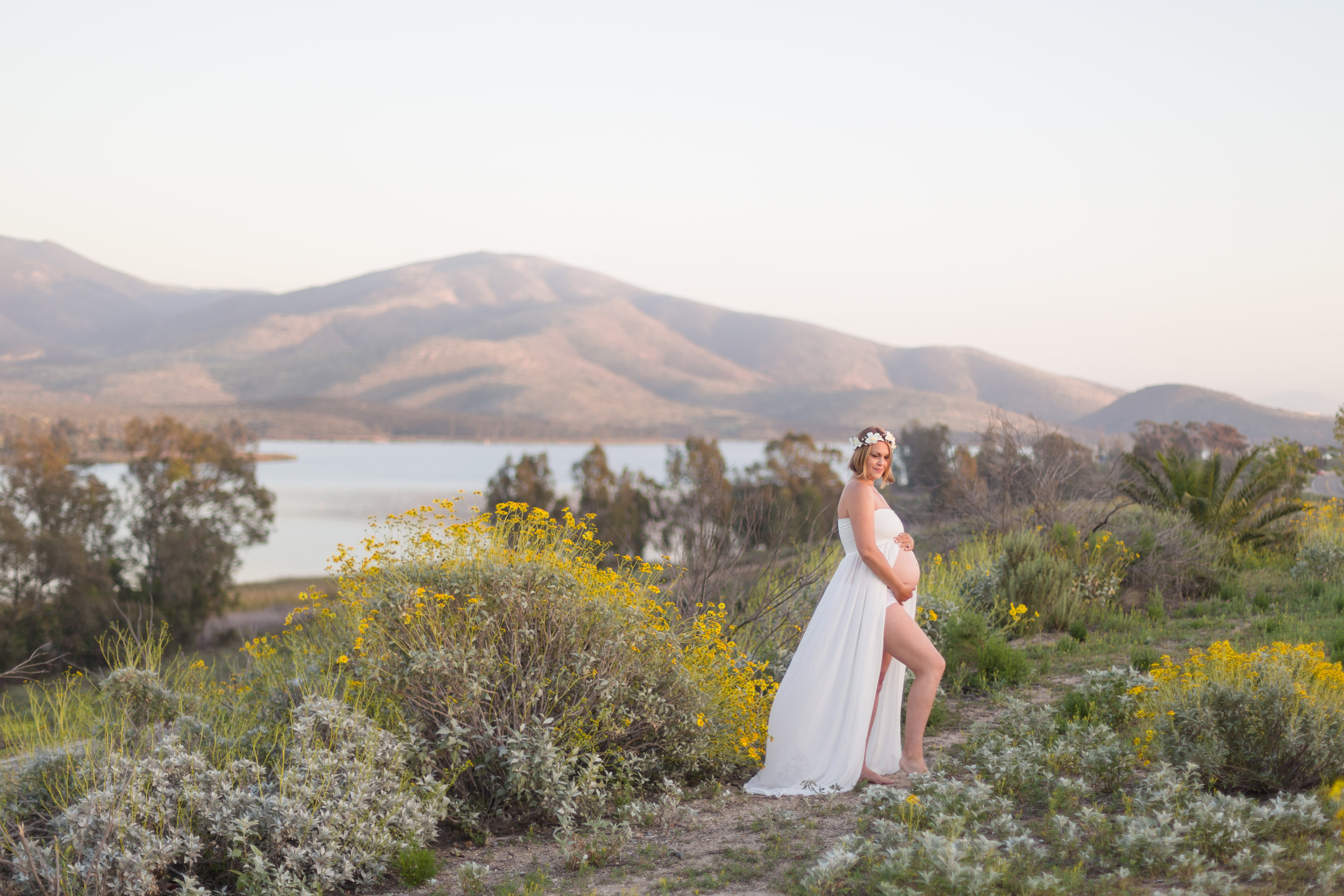Mountain Hawk Park Maternity Session | Spring 2016