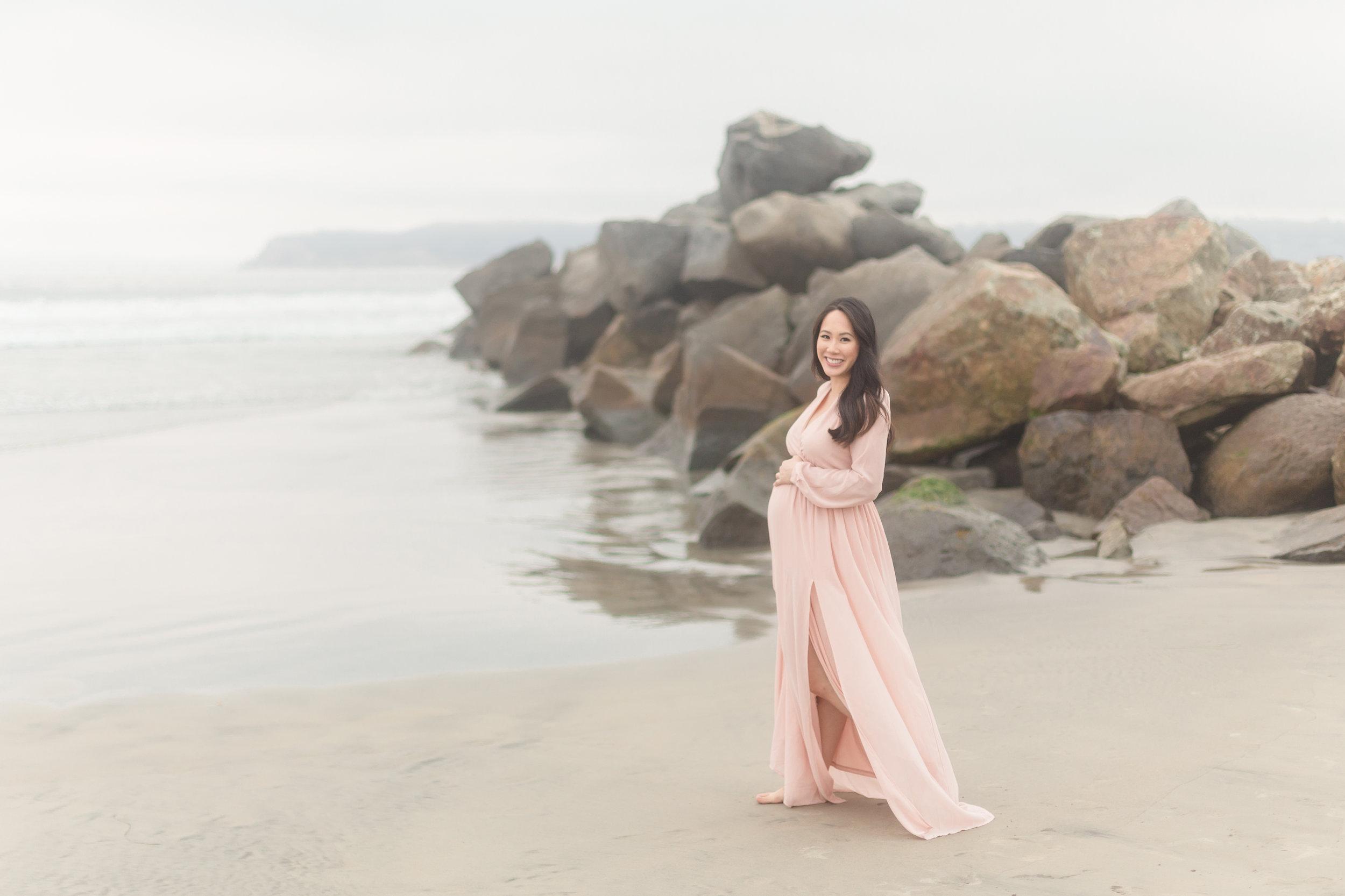 Quynhnhi | Coronado Maternity Photo Session