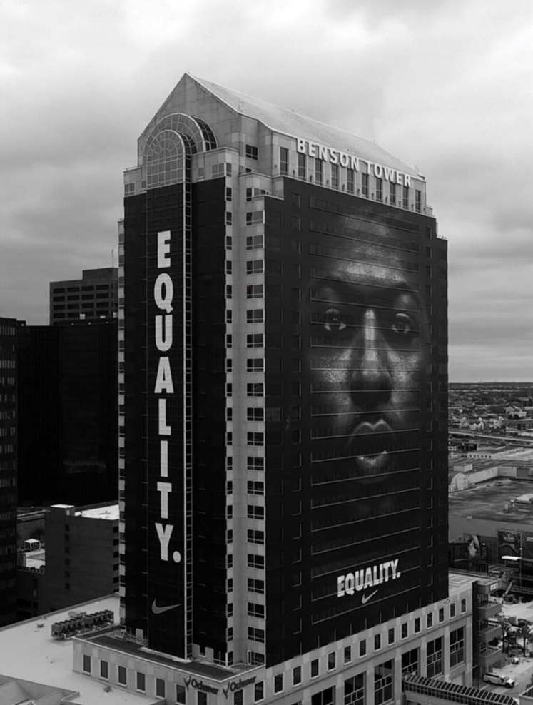 Building Ad