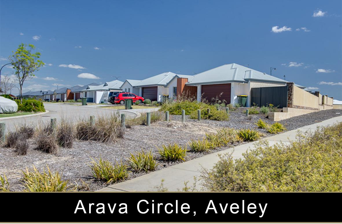 Arava Circle, Aveley.jpg