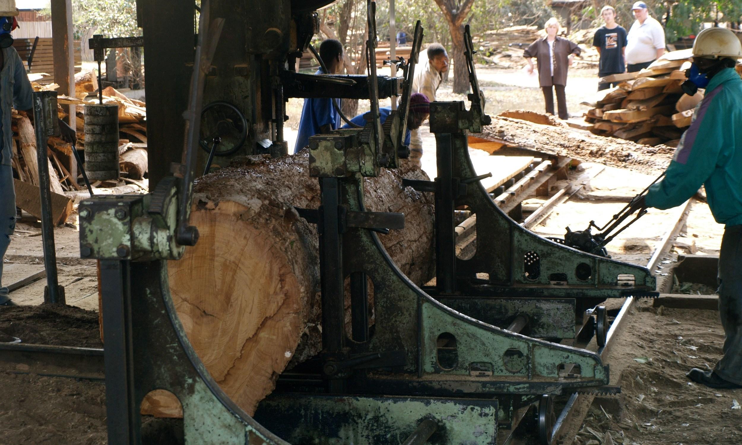 The old faithful - the Pinheiro breakdown saw - 1 of 2 units
